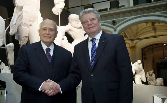 gauck_papoulias_ausstellung_olympia